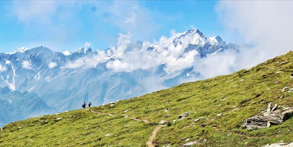 Majestic views along Bhrigu Lake trek