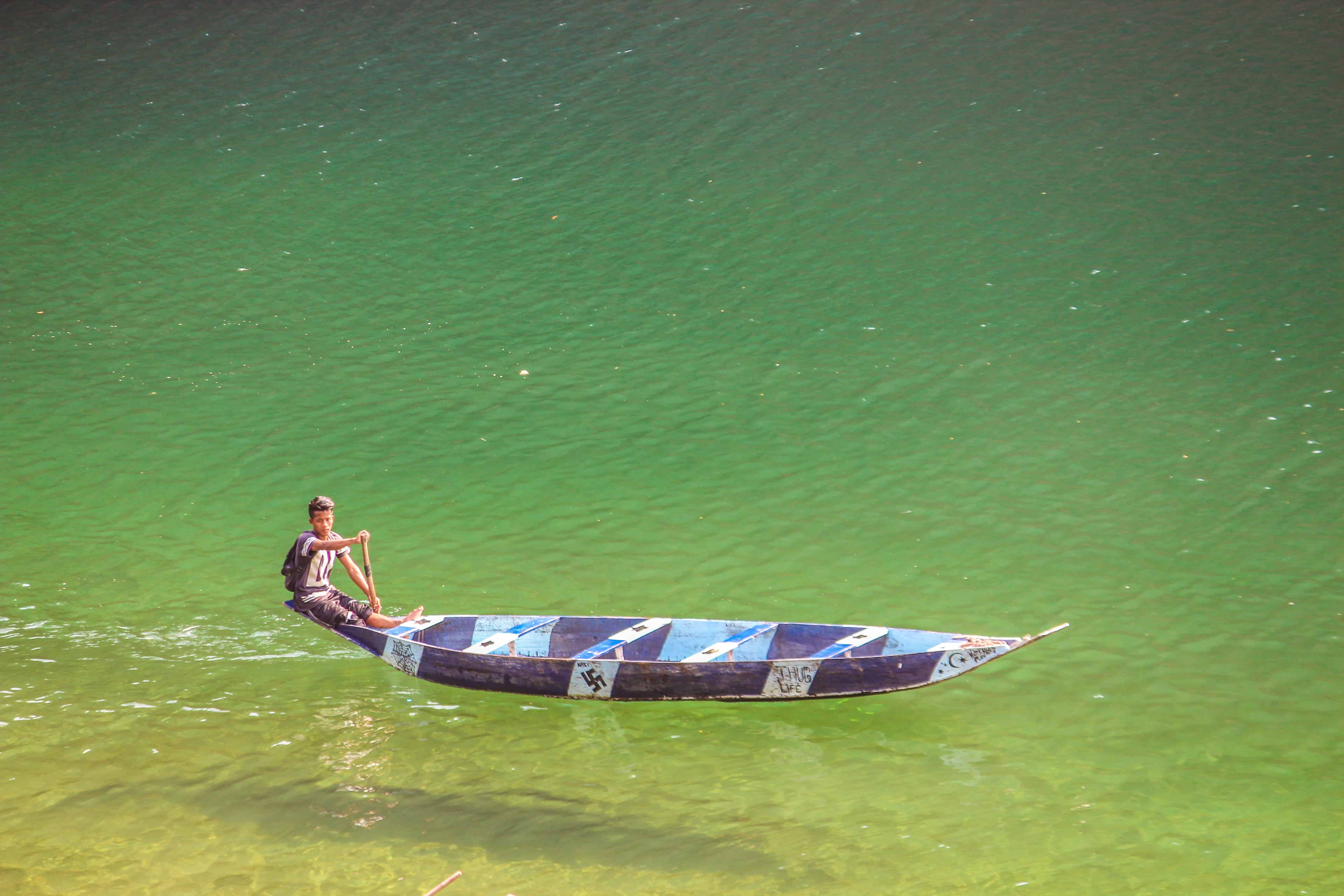 A boat on the Umngot River
