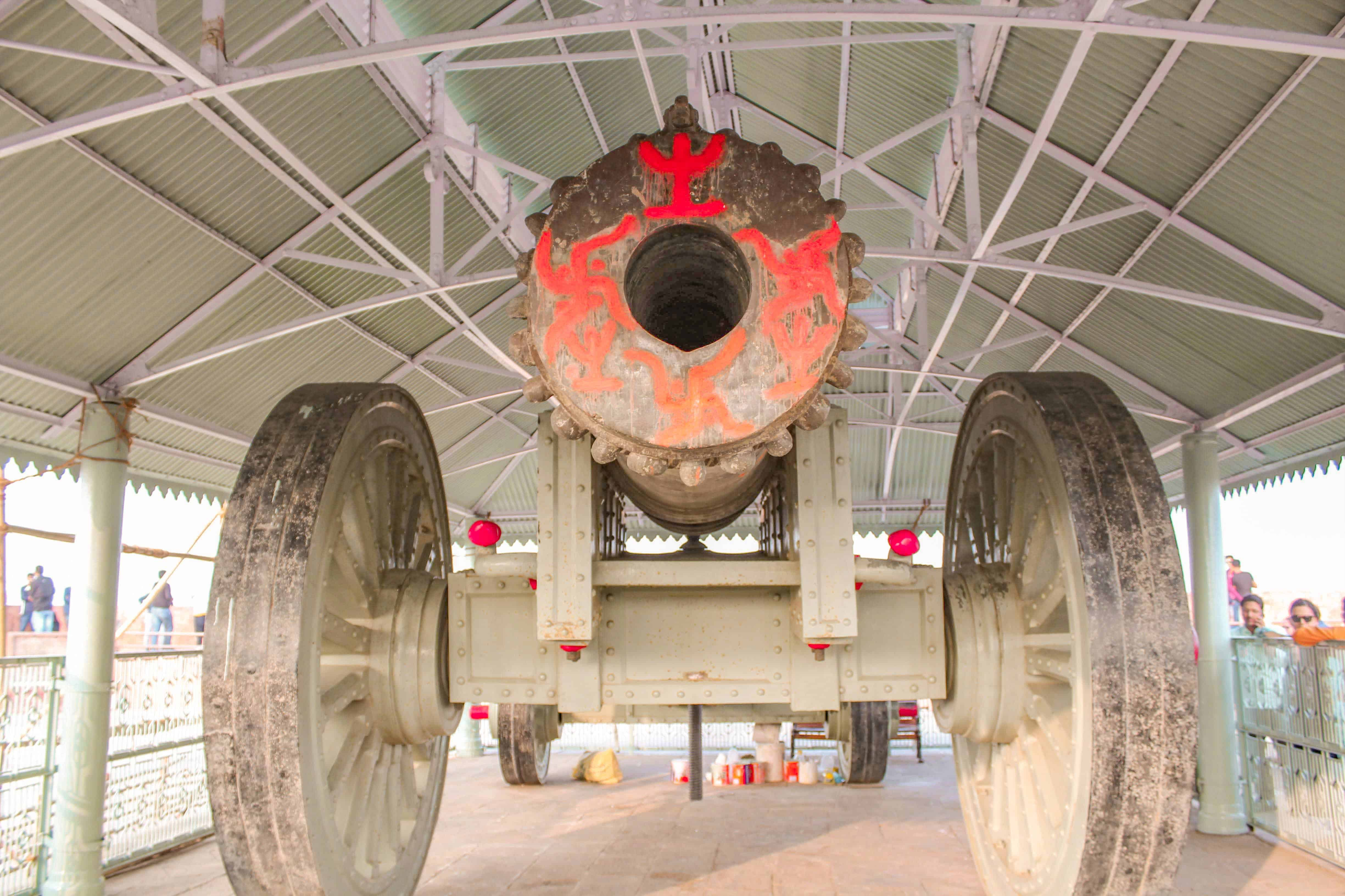 Jaivana-World's largest cannon on wheels of the Early Modern Era